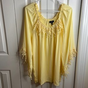 Melissa Paige XL yellow peasant top w/eyelet lace